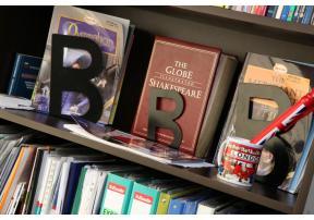 Библиотеката на Англеланд